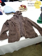 Одежда секонд хенд оптом,  куртки,  свитера и прочее