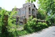 Продается великолепный четырехэтажный особняк,  общей площадью 2000м2